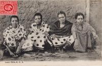 Lamu Girls. B.E.A.