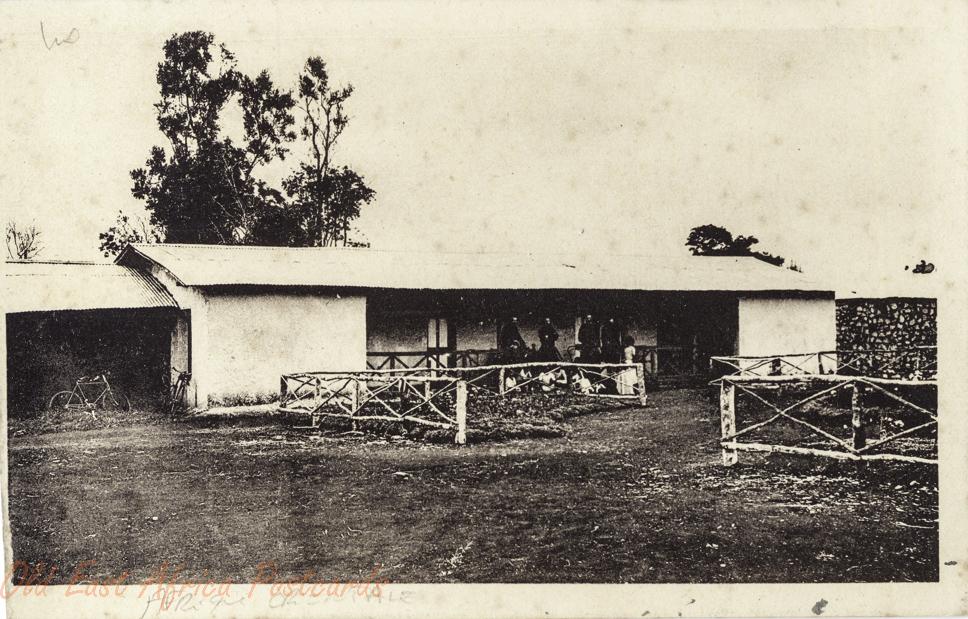Premières installations de la Mission de Mangou, chez les Kikouyous.