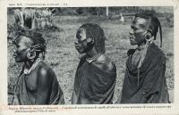 Concorso di acconciatura di capelli all africana: venne primato chi aveva cosparso più abbondamente l olio di ricino