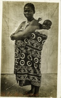 nil (mother and child in her back)