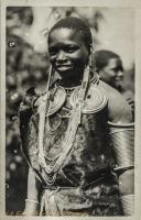 nil (Masai woman)