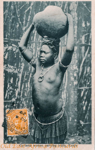 Gyriama woman carrying toddy
