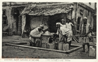 Zanzibar, Water Carriers at the pipe