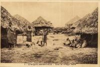 Afrique Orientale - Coin de village Taïta -
