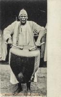 King s Drummer Yelling, Uganda