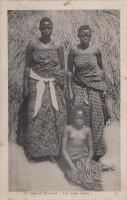An Uganda Princess (the tallest figure)