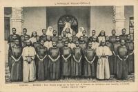 OUGANDA - BWANDA - Ecole Normale dirigée par les Sœurs pour la formation des institutrices parmi lesquelles se trouvent plusieurs religieuses indigènes.
