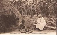 Ouganda - Missionnaire catéchisant un lépreux