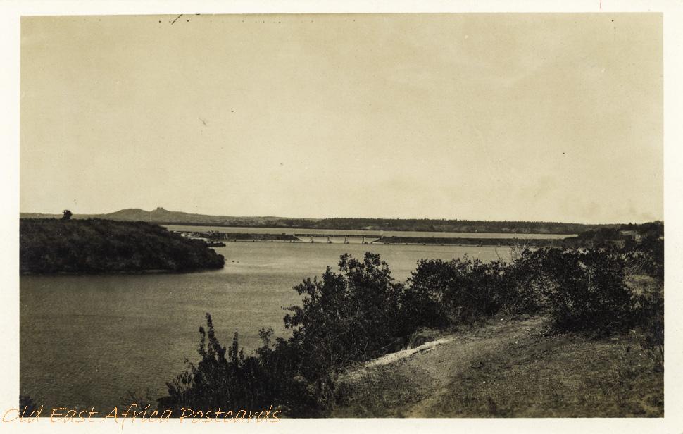 nil (Makupa bridge, Mombasa)
