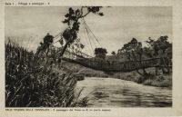 Il passaggio del fiume su di un ponte sospeso