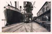 nil (crane and vessel in Kilindini)