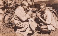 Nyeri (Africa) - La S. Confessione durante un viaggio