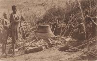 Haut fourneau indigène en activité