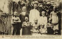 Augustin, médecin cathéchiste, avec sa famille