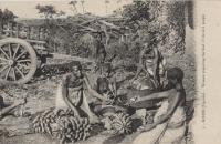 KISUBI (Uganda) Women preparing the food of the sick peole