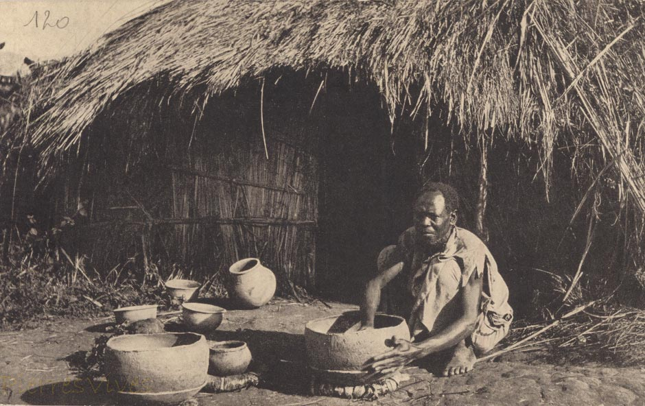 Uganda - Native potter at work